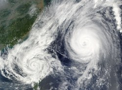 hurricane-67581__340